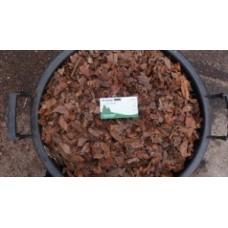 Apró vörös fenyőkéreg 80 literes terményes zsákban